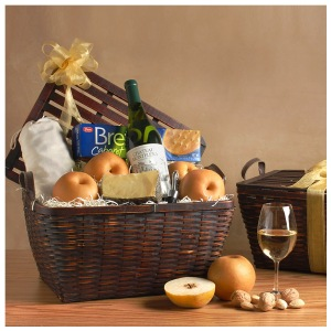 chateau-montelena-wine-basket