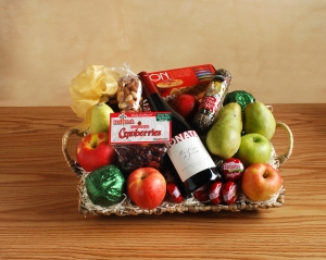 Red Wine Gift Basket V2a
